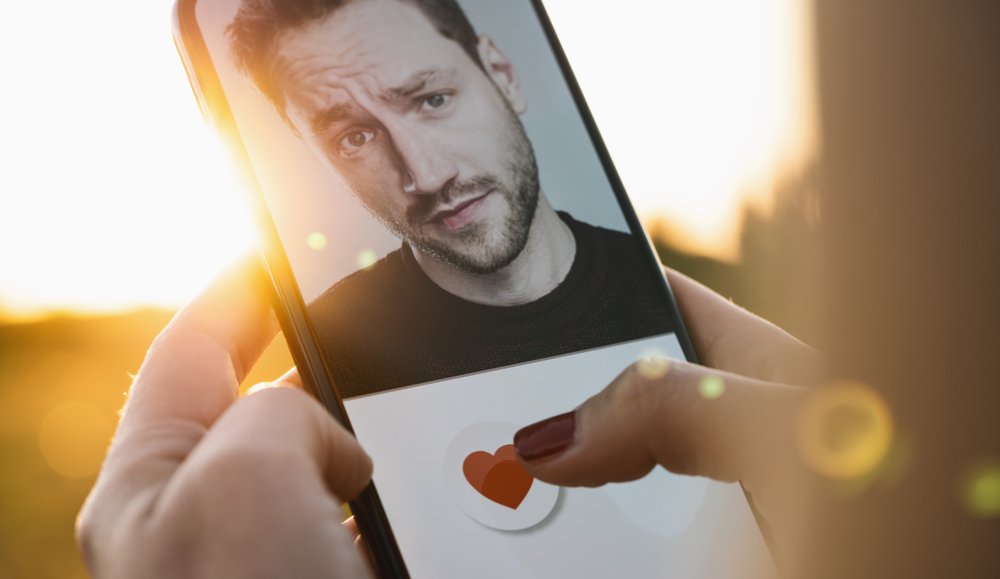 Wie man Fake-Accounts in Dating-Apps erkennt